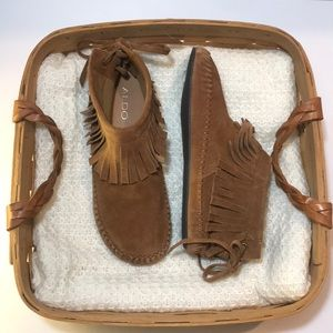 WornOnce ALDO Size9 Suede Leather Laceup Moccasins